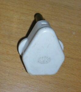 Ivory coloured 15 amp plug by MK. Vintage bakelite electrical.