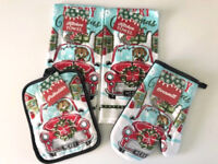 Christmas Red Truck Dog Cat Lovers Dish towels Pot holder Oven Mitt set of 4