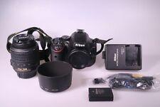 Nikon D5100 Kamera mit DX AF-S Nikkor 18-55 mm VR Auslösungen 1967 - sehr gut -