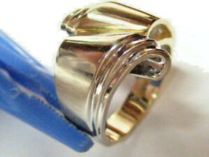 """14K White & Yellow  Gold """"Scroll"""" Ring Size 6 7/8 - 7 & weighs 9.16 grams"""