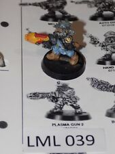 Warhammer 40k Imperial Guard Squat w/ Plasma Gun metal some paint (LML 39)