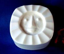 KPM Berlin Dose Porzellan Deckeldose mit Gesicht / ch 132