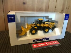 Universal Hobbies 1/50 Scale UH8153 - Komatsu WA600-8 Stone Handler KOM345