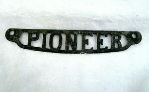 """PIONEER Antique Cast Iron Decorative Emblem from Cook Stove Heater Plate 12.5"""""""