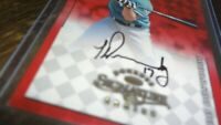 1998 DONRUSS SIGNATURE SERIES TODD DUNWOODY  AUTOGRAPHED BASEBALL CARD