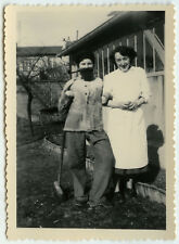PHOTO ANCIENNE - VINTAGE SNAPSHOT - FEMME TRAVESTI BARBE DÉGUISEMENT - DISGUISE