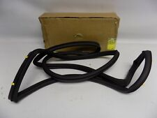New OEM 2000-2006 Ford Lincoln LS Rear Door Lower Weatherstrip Seal