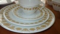Corelle Butterfly Gold Dinnerware set by CORNING Vintage 1970s EUC 15 piece