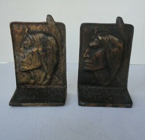 2 Vtg Cast Iron Profile Native American Sioux Man Feather Bookend Natural Patina