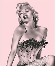MAKE OFFER Marilyn Monroe Pink Fishnet Fleece Blanket Throw NEW