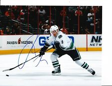 VANCOUVER CANUCKS CODY HODGSON SIGNED OPEN ICE 8X10