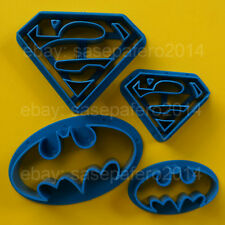 Superhero Superman Batman cookie cutter 4 pieces set. Cortadores super heroes.