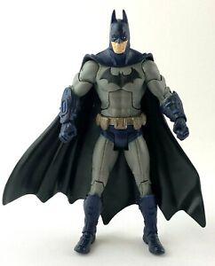 """DC Universe Classics Arkham City Legacy Series Batman 6"""" Figure Blue/Gray Suit"""