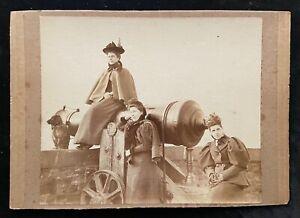 Bristol c.1890's Photograph of Three Ladies By The Brandon Hill Russian Canon