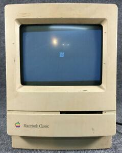 Apple Macintosh Classic Model M1420 Vintage Computer w/ Power Cord Powers up