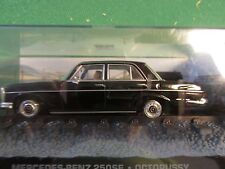 JAMES BOND CARS COLLECTION 023 MERCEDES BENZ 250SE OCTOPUSSY