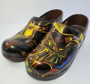Sanita Professional Marbled Patent Leather Clogs Size 37/ US 6 6.5