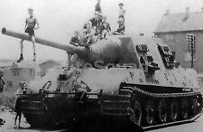WW2 Picture Photo Jagdtiger number 323 of the schwere Panzerjager Abteilung 825