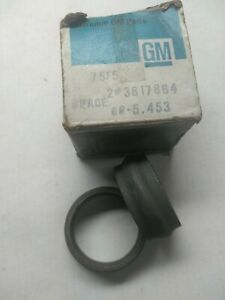Corvette Differential Collapsible Collars, 1960s #3817864, NOS Incl. Two