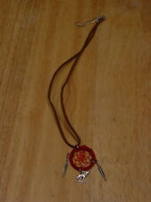 DREAMCATCHER WOLF FEATHER NECKLACE ( RED )