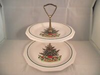 Pfaltzgraff Christmas Heritage 2-tiered Serving Tray