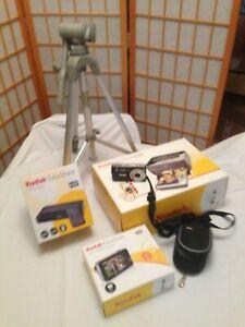 Kodak EasyShare V1253 Digital Zoom Camera + Printer Dock Tripod Bag Bundle NEW