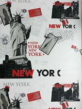 New York City Black White Red Liberty 1255 Wallpaper