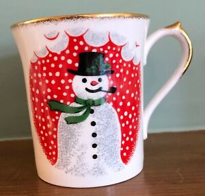 Queen's fine bone China mug Snowman