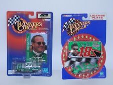 Winner's Circle #18 Bobby Labonte w/License Plate & #33 Ken Schrader w/Card 1/64