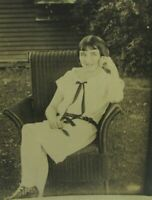 VTG 1920s Photo Pretty Flapper Girl Sitting In Wicker Chair Fashion Hairstyle