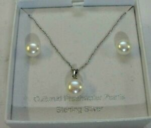 925 Sterling Silver  2-Piece SET Freshwater Pearl Necklace & Earrings 4.7g