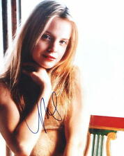 Mena Suvari. All American Beauty - Signed