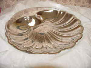 """Oneida Large Clam Shell Server Dish Silver Plate Platter 80113017A 17 1/2"""" USA"""
