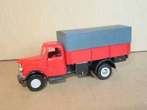 758A Kit Artisanal en Résine Bedford MSD 1939 Camion baché 1:50