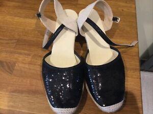 Size 9 EEE Wide Black Wedge Sandal, Never Been Worn