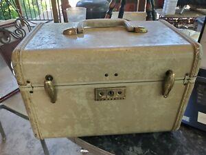 Vintage 1950 Samsonite Streamlite Cosmetic Case / Train Case With MIRROR No Key