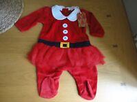 Lovely Next Baby Girls Velour Santa Xmas Outfit Newborn 0-3 Months BNWT FREEPOST