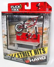Flick Trix Display Case And Finger Bike STREET HITS HARO BIKES with BUS BENCH