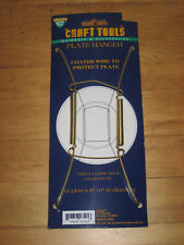 NEW ON CARD COATED WIRE PLATE HANGER