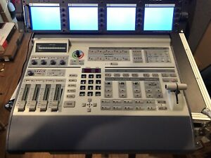 SE-800 DATAVIDEO 4 CHANNEL VIDEO SWITCHER NTSC WITH 4 VIDEO DISPLAY