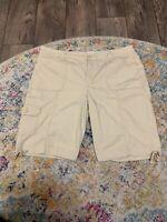 Wmns St Johns Bay Bermuda Shorts Size 16