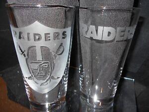 OAKLAND RAIDERS 2 ETCHED LOGO 16 oz PINT GLASSES MULTIPLE LOGOS NEW