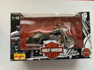 Harley-Davidson Motor Cycles- Maisto- 1:18- 1997 Series- FLHR Road King