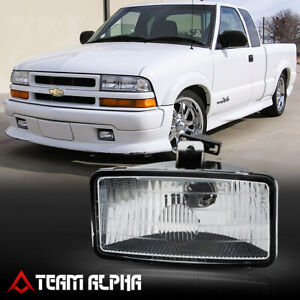 Fits 1999-2001 Chevy S10/Blazer Xtreme[LH/RH]Clear OE Replacement Fog Light Lamp