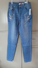 BNWT Bongo Embroidered Skinny High-waist Mom Jeans,  sz 2 on tag, fits M