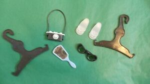 1960's HTF SINDY DOLL ACCESSORIES CAMERA MIRROR GLASSES SWEET SWIMMER SHOES