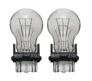 Wagner 3157 Sonoma Jimmy Miniature Lamp Rear Turn Signal Light Bulb Lot of 2