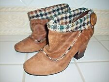 """Cute """"Not Rated"""" Women's Brown Ankle Boots Shoes Size 8"""