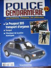 FASCICULE 32 POLICE GENDARMERIE  PEUGEOT 205  / ESTAFETTE CIJ / DS 19 PIE DINKY