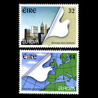 Ireland 1995 - EUROPA Stamps - Peace and Freedom Self-Adhesive - Sc 962/3 MNH